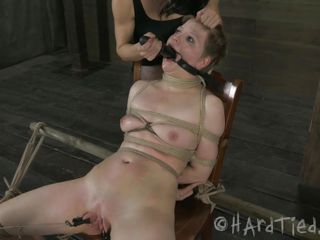a pleasuring pussy torment