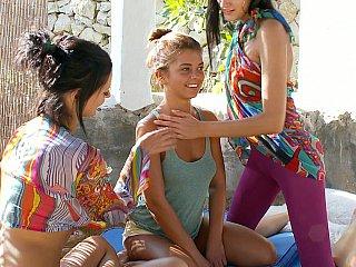 Recent lesbo teens