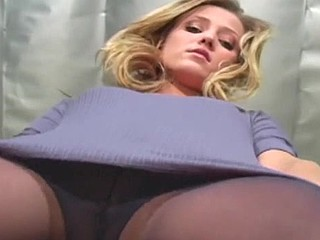 Tiny pantoons chick makes delicious show in darksome hose
