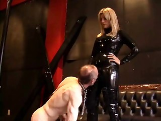 Hot Domination with Hawt Dom