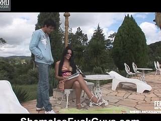 Viviane&Lucas shemale copulates chap action