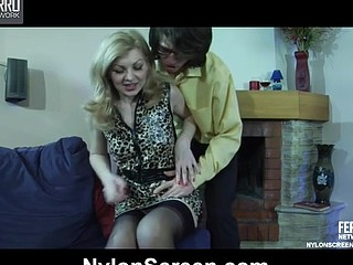 Ninette&Harry nylon pair in action