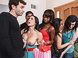 Mrs. Kendra Lust Is One Lusty Mommy
