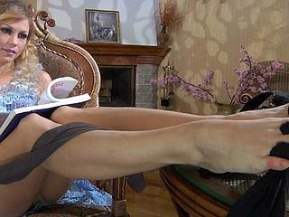 Blanch nylon feet teaser