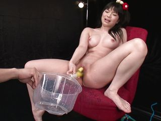let's watch how much that babe squirts