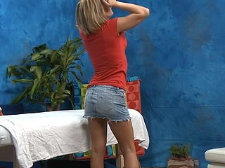 Gorgeous 18 year old cuteie gets drilled hard by her massage therapist