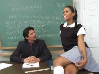 Hawt schoolgirl Skin Diamond acquires her grades up