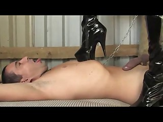 :- British-MY Heartless HUMILIATION OF SEX SLAVE -:ukmike clip