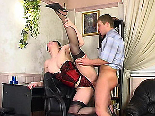 Gwendolen&Bertram passionate nylon act