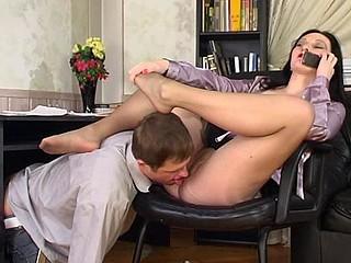 Gwendolen&Bertram nasty nylon feet movie