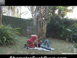 Renata&Eduardo shemale fucking man on clip