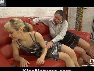 Emilia&Connie pussyloving aged in act