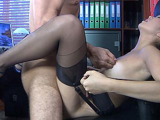 Mima A&Frederic frisky nylon act