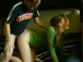 Dilettante girlfriend rides backwards