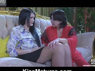 Lillian M&Hetty aged lesbo clip