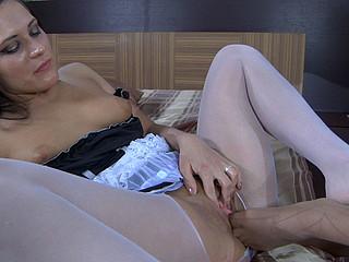 Susanna&April B nylon feet act