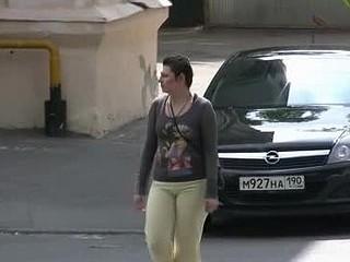 Chubby pants-wetting