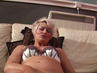 chubby blonde mature masturbating hard with a big sextoy