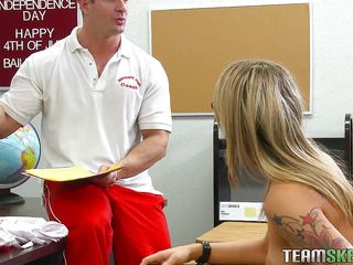 golden-haired babe taking the lesson of hard fucking