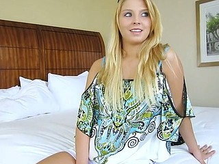 Shaved cameltoe of a hawt sweetheart endures ramming