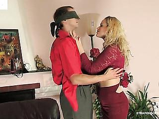 Susanna&Cyrus sexual ding-dong action