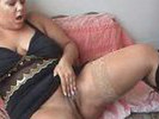Obese hotty with massive breasts gets off with a vibrator