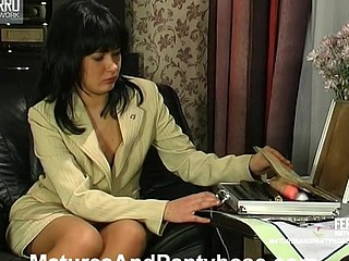 Barbara&Patrick pantyhose mommy on episode
